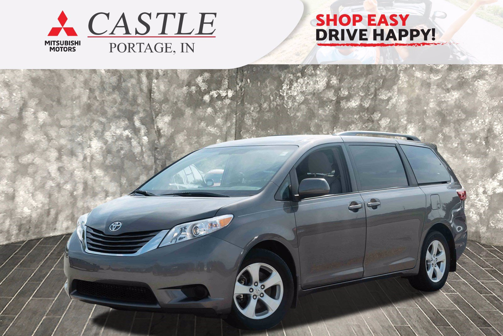 Pre-Owned 2017 Toyota Sienna